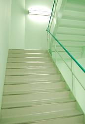 階段室1.JPG